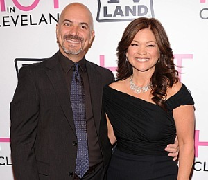 Valerie Bertinelli Gets Hitched