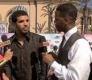 At the BETs: Drake on Rihanna, Kelly Rowlands on Destiny's Child
