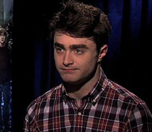Daniel Radcliffe and Emma Watson Tell 'Extra' What's Next