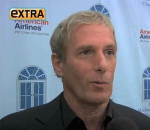 'Extra' Raw: Stars at Michael Bolton and Dave Mason's Celebrity Golf Classic