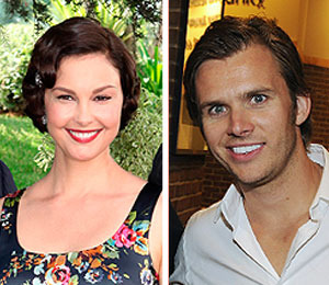 Extra Scoop: Ashley Judd Remembers Dan Wheldon with Poetry