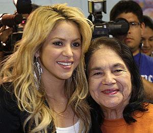 Shakira Slams Arizona's New Immigration Law