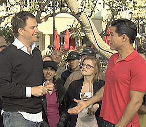 'Extra' Raw! Michael Weatherly Goofs Off with Mario