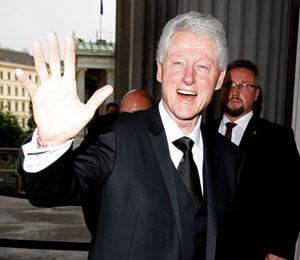 Extra Scoop: Pres. Bill Clinton to Make Cameo in 'Hangover 2'!