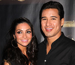 Mario Lopez Begins the New Year with a Surprise Proposal to Courtney Mazza