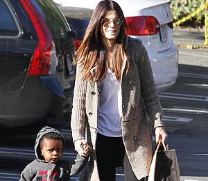 Extra Scoop: Sandra Bullock to Adopt Second Child?