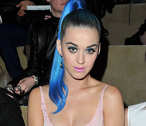 Katy Perry Gets Cozy with New Man