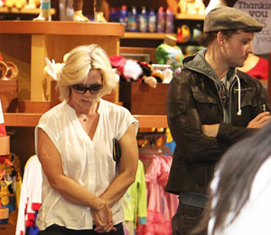 Pics! Jennie Garth and Peter Facinelli Spotted Together