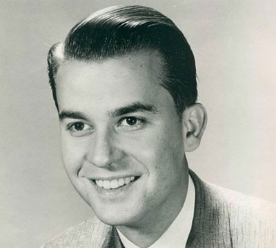 'Extra' Remembers Dick Clark: The Legend's Greatest Moments