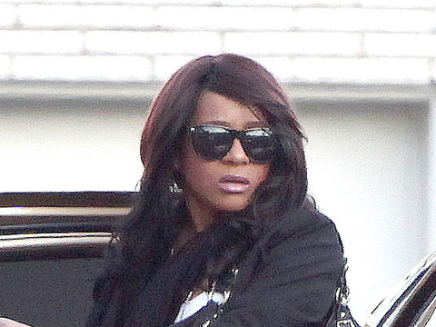 Extra Scoop: Bobbi Kristina Reunites with Bobby Brown in NYC