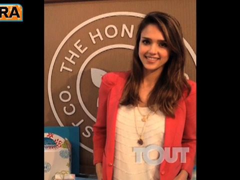 Jessica Alba Asks, 'What's the Best Advice Mom Has Given You?'