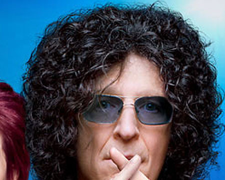 Video! Howard Stern Charms Haters on 'America's Got Talent'