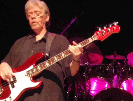 Booker T. & The M.G.'s Bassist Donald 'Duck' Dunn Dead at 70