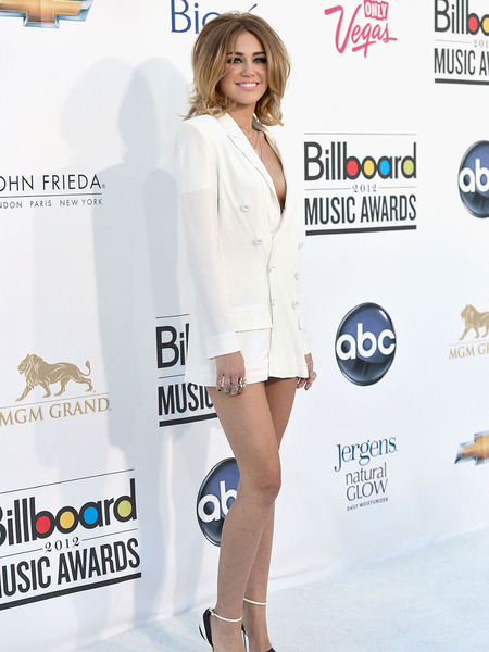 Vote! Was Miley Cyrus Too Sexy at Billboard Awards?