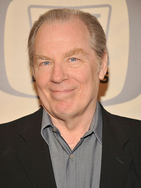 Extra Scoop: Pic of Michael McKean after Being Hit by Car