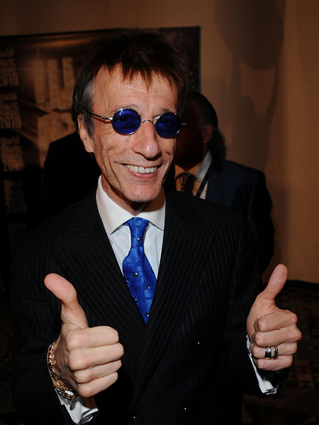 Details Revealed on Robin Gibb's Racy Past