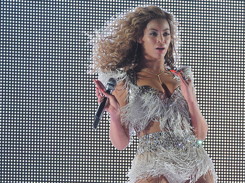 Photos! Beyonce's Smokin' Hot Post-Baby Performance
