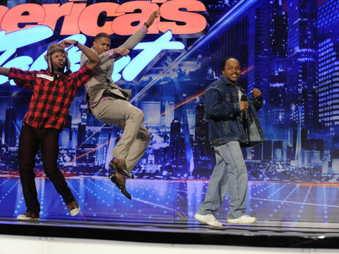 Extra Scoop: 'America's Got Talent' Recap: St. Louis Shows Its Spirit