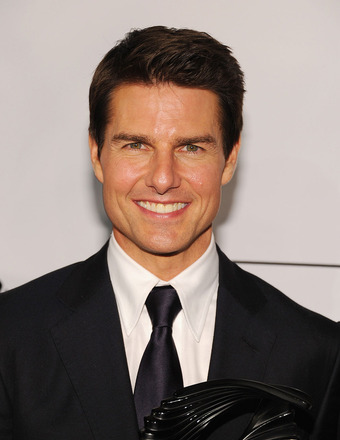 Tom Cruise and Suri Reunite in UK