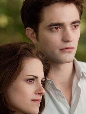Extra Scoop: 'Breaking Dawn,' 'Snow White' Lead Teen Choice Award Noms