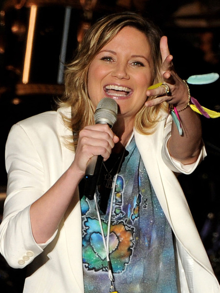 Sugarland Singer Jennifer Nettles is Expecting