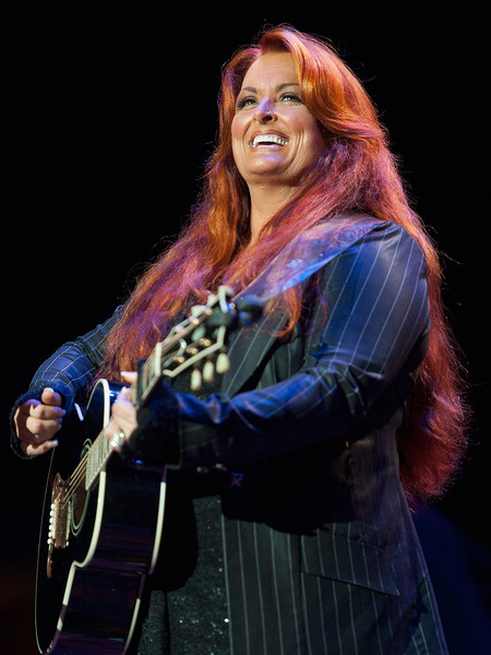 Wynonna Judd Gets Hitched!
