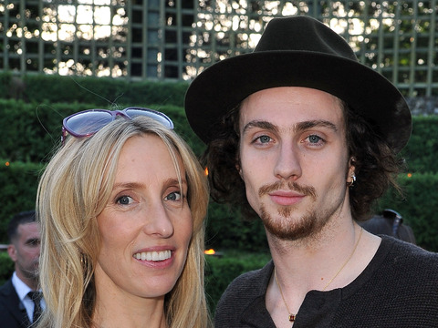 Extra Scoop: Aaron Johnson Marries Sam Taylor-Wood