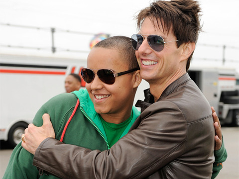 Tom Cruise Turns 50, Son Connor Tweets Family Support
