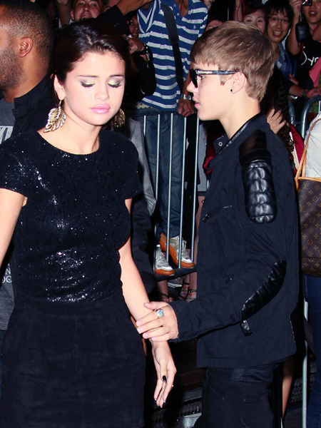 Are Justin Bieber and Selena Gomez On or Off?