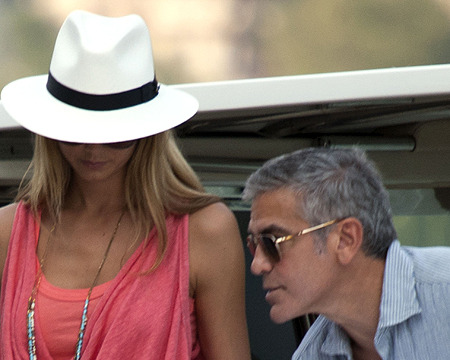 George Clooney and Stacy Keibler Get Food Poisoning