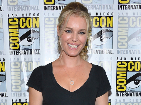 'Extra at Comic-Con': Rebecca Romijn's Adult Swim Makeout Partner