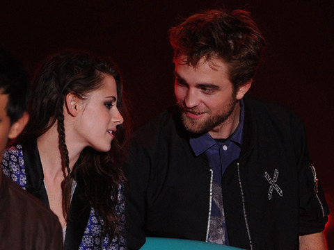 Kristen Stewart on Affair: 'I'm Deeply Sorry' and 'I Love Rob'