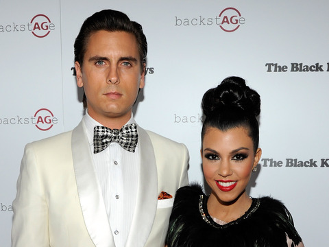 Extra Scoop: Scott Disick Denies Sex Scam to Kourtney Kardashian