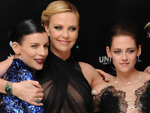 Report: Charlize Theron Furious with Kristen Stewart for Cheating