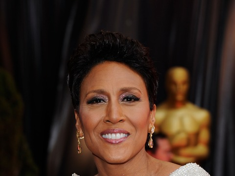 Extra Scoop: Robin Roberts Leaving 'GMA' for Bone Marrow Transplant