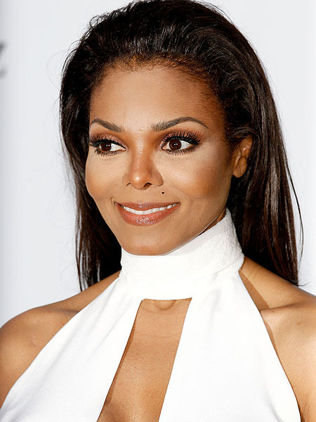 Janet, Jermaine and Other Jacksons Banned from Family Home