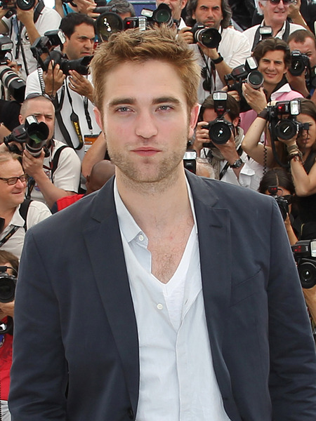Robert Pattinson's Breakup Therapy: Cowgirl Clubbing with Friends