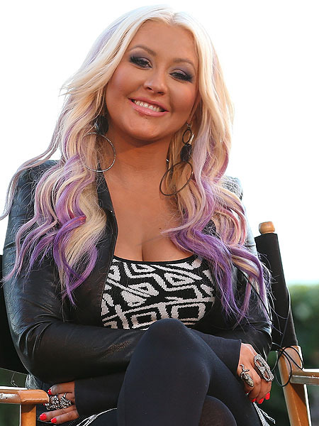 How to Get Christina Aguilera's Purple 'Do