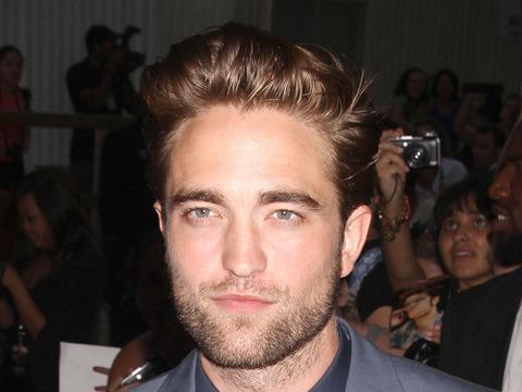 Video! Robert Pattinson Breaks Silence on 'Daily Show'