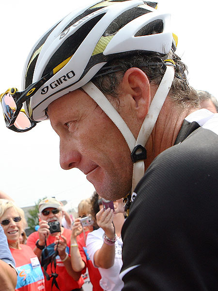 Lance Armstrong to Be Stripped of Titles, Banned for Life