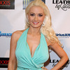 Extra Scoop: Holly Madison's Baby Daddy Headed for Lockup?