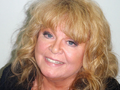 Extra Scoop: Sally Struthers Busted for DUI in Maine