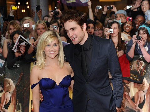 Extra Scoop: Robert Pattinson's Cheating Scandal Hideout Up for Sale