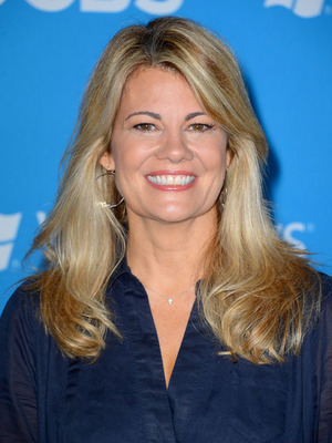Extra Scoop: Lisa Whelchel is Divorced