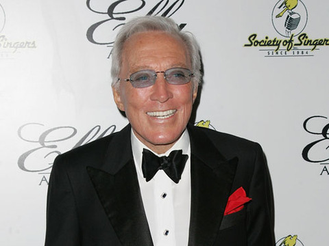 Crooner Andy Williams Dies at 84