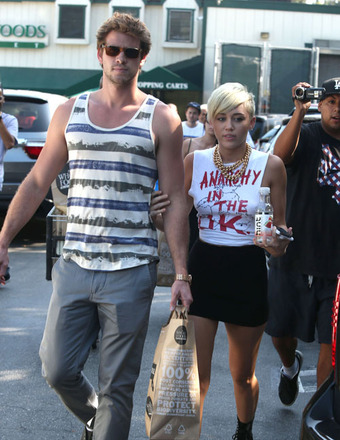 Reunited: Miley Cyrus and Liam Hemsworth Back Together in L.A.