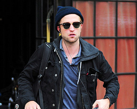 Robert Pattinson Spotted with Mystery Blonde in NYC