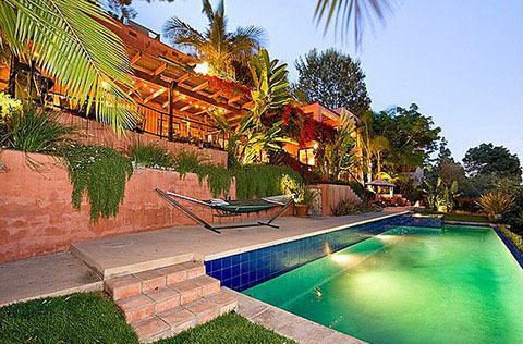 Go Inside Kristen Stewart's New L.A. Home