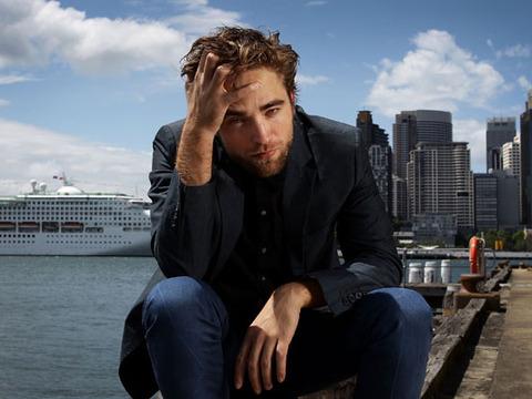 Pics! Robert Pattinson's Brooding 'Twilight' Photo Shoot in Sydney
