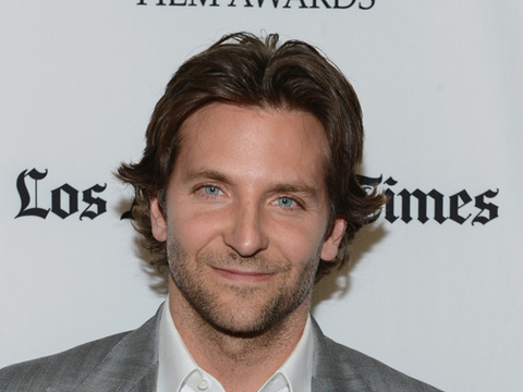 'Extra' Raw! Bradley Cooper, Ben Affleck and Others at the Hollywood Awards